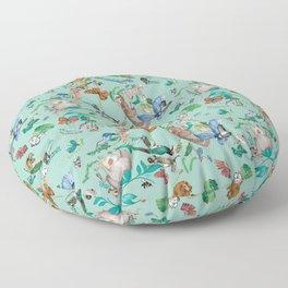 animales fondo verde Floor Pillow