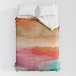 Abstract Stripe Comforters