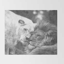 Lion in Love Throw Blanket