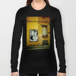 italy (bacio) Long Sleeve T-shirt