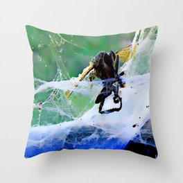 Don't Bug Me ! Throw Pillow