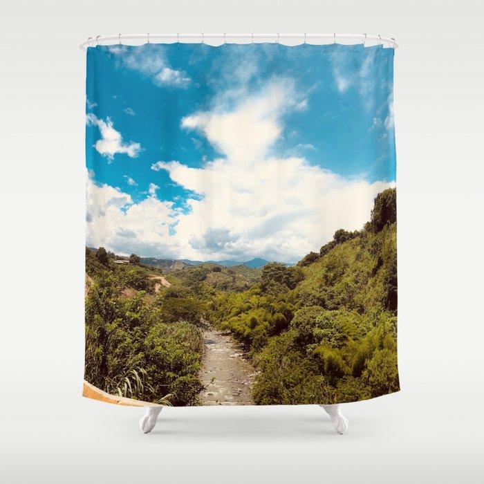 Rio en la jungla Shower Curtain