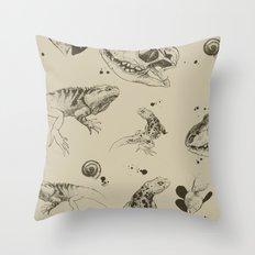 Lizards pattern (sepia) Throw Pillow