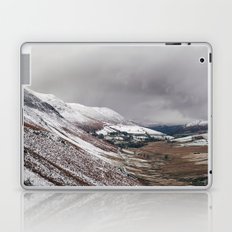 Keskadale from Newlands Hause, with surrounding mountains covered in snow. Cumbria, UK Laptop & iPad Skin