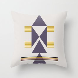 Trekëndësh Throw Pillow