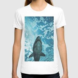 Shark Photography   Deep Sea   Ocean Art   Wildlife   Nature   Fish T-shirt