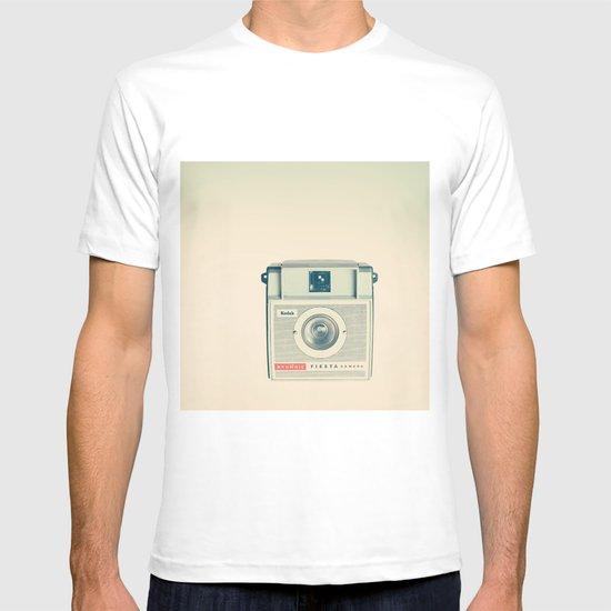 Fiesta - Beige Brownie Retro Vintage Camera T-shirt