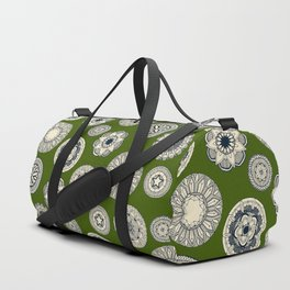 mandala cirque spot green Duffle Bag
