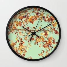 En los árboles Wall Clock