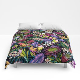 Stand Out! (midnight) Comforters