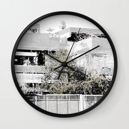 l.1. Wall Clock