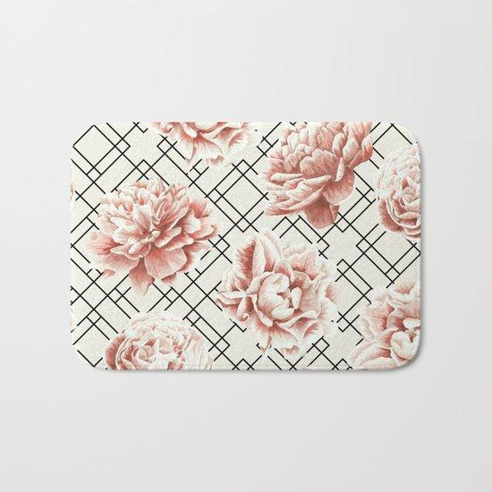 Simply Mod Diamond Roses in Cream and Black Bath Mat