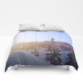Winter sky Utah Comforters