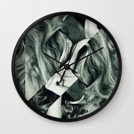 Frau Dreiecke 3 Wall Clock