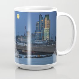 Full Moon in London Coffee Mug