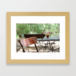 Table et chaises, Atelier de Cézanne ~ Table and chairs in garden, Cezanne's home. Framed Art Print