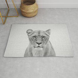 Lioness - Black & White Rug