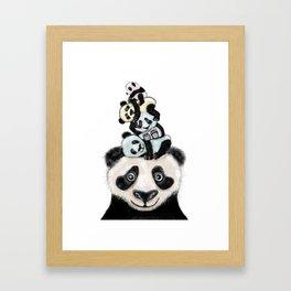 Panda Totæm Framed Art Print