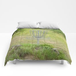 Chains of A Disc Golf Basket Comforters