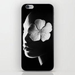 Mulata, Bossa Nova. iPhone Skin