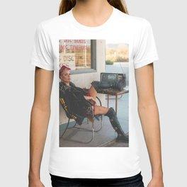 Halsey 16 T-shirt