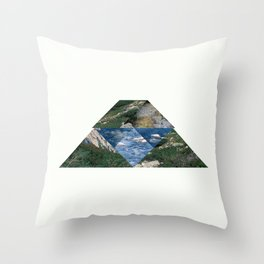 RIVER HILL Throw Pillow
