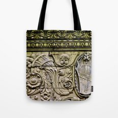 Details on the Wall Tote Bag
