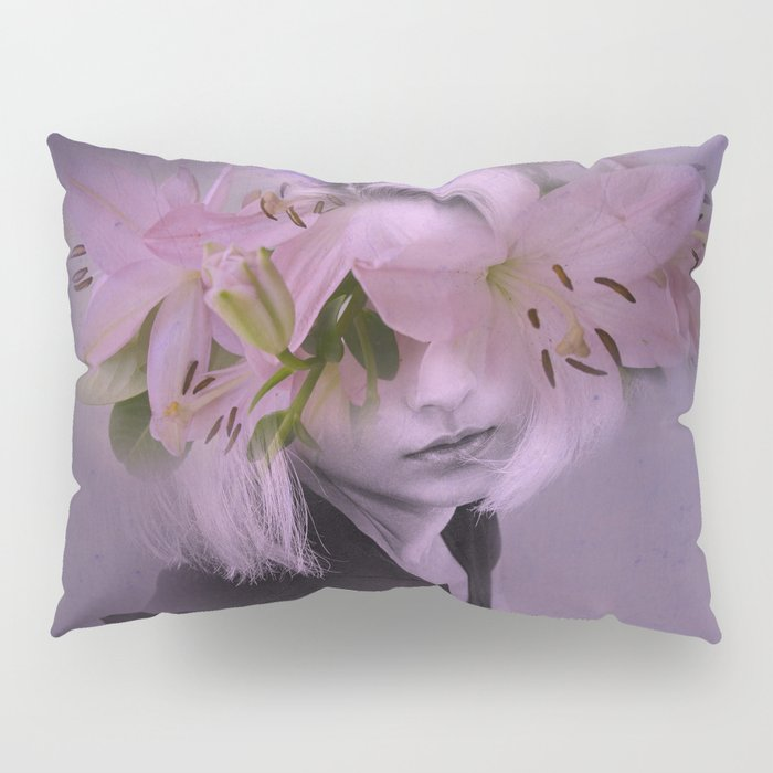 The girl who wanted to be a flower Pillow Sham