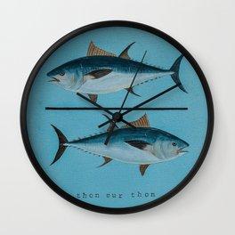 thon sur thon bleu Wall Clock