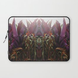 BEETROOT QUEEN Laptop Sleeve