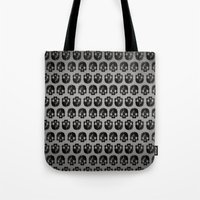 low poly Tote Bags featuring Black skull low poly by Daniel Delgado