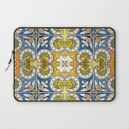 Seamless Floral Pattern Ornamental Tile Design : 8 Laptop Sleeve