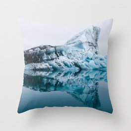 Jökulsárlón Glacier Lagoon Throw Pillow