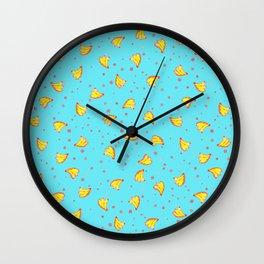 chuva de bananas Wall Clock