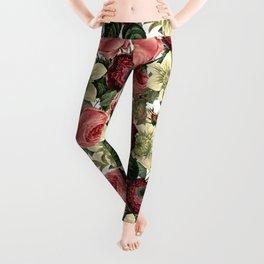 Vintage & Shabby Chic - Pink and Red Roses Retro Flower Garden Pattern Leggings