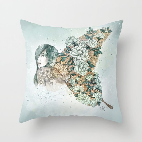 It's growing on me Throw Pillow