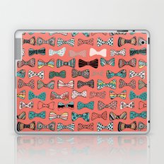 Bow tie geek in pink Laptop & iPad Skin