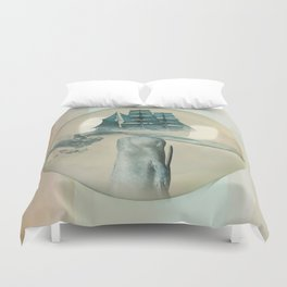 The Battle - Captain Ahab and Moby Dick Duvet Cover