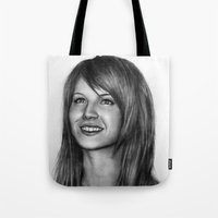 hayley williams Tote Bags featuring Hayley Williams by ''Befne''