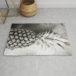 Pineapple Black and White Rug