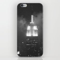Gotham city in black and white iPhone & iPod Skin