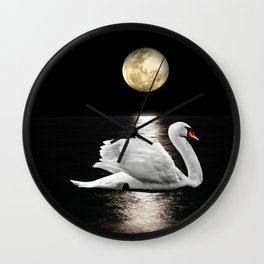 Queen in the night Wall Clock