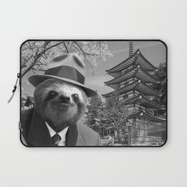 Sloth in Japan Laptop Sleeve