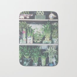 green bamboo plant in the vase pattern background Bath Mat