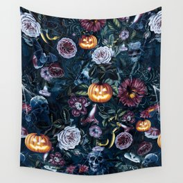 Halloween pumpkin forest Wall Tapestry