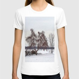Weeping Willow on the Frozen Lake T-shirt