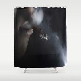Humo de Tabaco hurga en mi memoria Shower Curtain