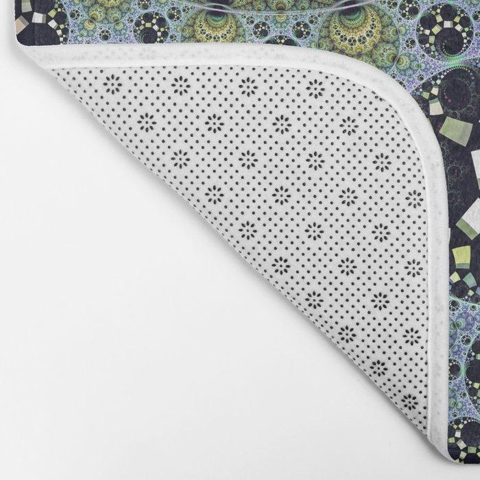 Miraculous patterns in circles Bath Mat