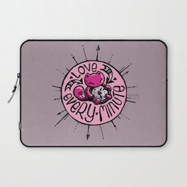 Skribbles: Love every minute (pink) Laptop Sleeve