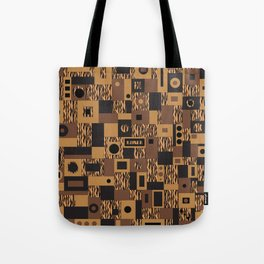 Tracking A Tiger Tote Bag